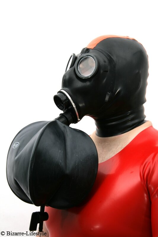 Adapter With 6l Breath Bag For Swiss Gas Mask Sm 67