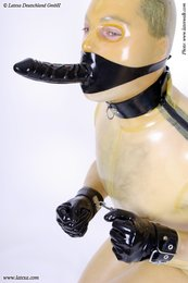 Latex Handfesseln