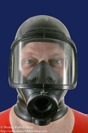 Panoramic gas mask MLW with hood